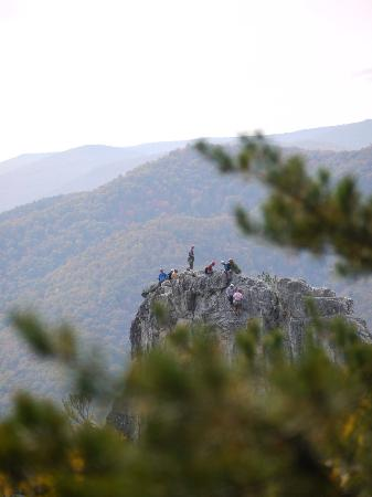 Seneca Rocks State Park: The crowd of rock climbers on top of their rock