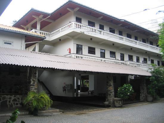 Sri Gemunu Beach Resort: Ansicht Empfangsbereich