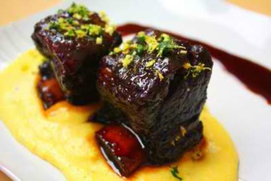 HawksHead Restaurant : Braised Short Ribs