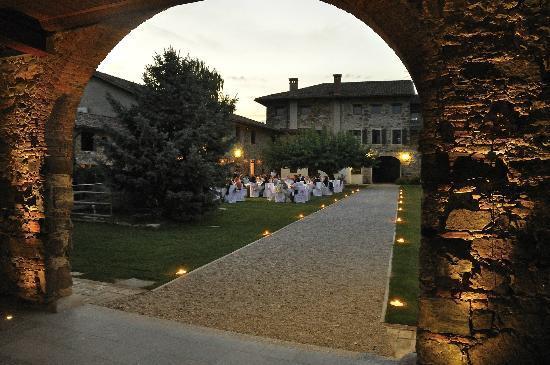 Buttrio, Italien: corte interna