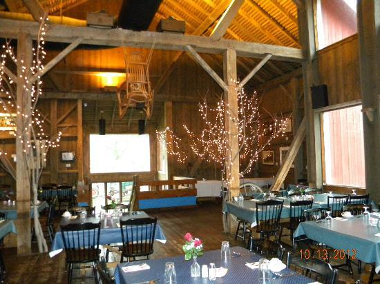 Amish Acres: The Barn Restaurant