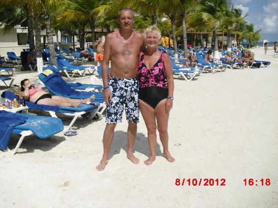 Occidental Costa Cancun: on the beach