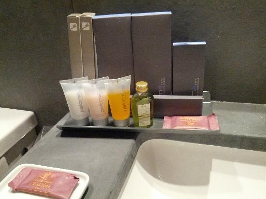 Hotel Palome: Baño