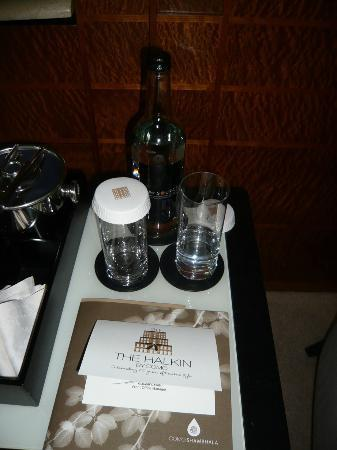 COMO The Halkin: Complimentary water