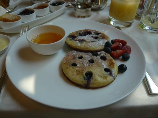 COMO The Halkin: pancakes cooked to order
