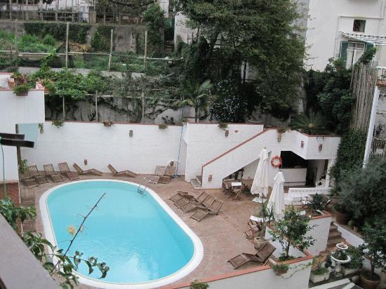 Villa Romana Hotel: la piscinetta..etta etta etta