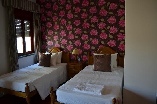 Residencial Hotel Por do Sol: habitacion muy limpia