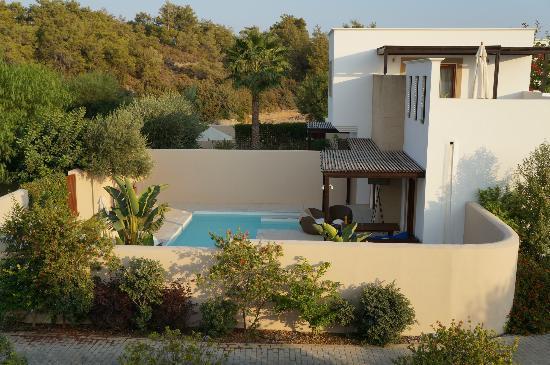 Lindian Village: chambre avec piscine