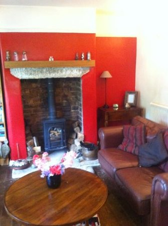 The House-Next-the Trail:                   cosy lounge
