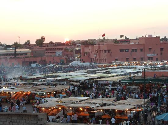 Riad Andalla: Early evening overlooking the square from the terrace