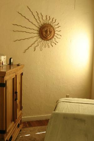 Armando's Day Spa: one of our Massage Rooms