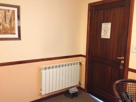 Hotel Austral: calefação quarto
