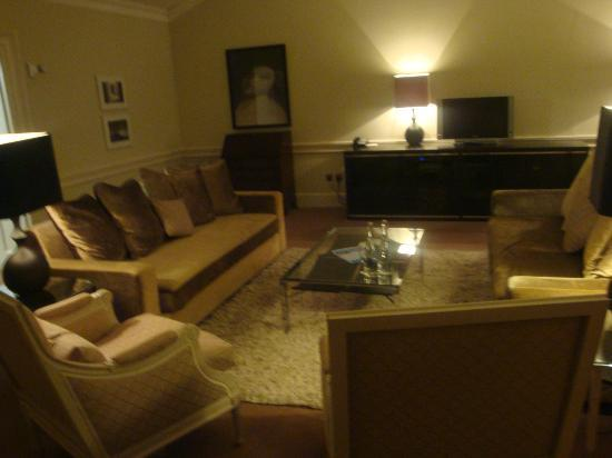 Carton House Hotel & Golf Club: sitting room of suite