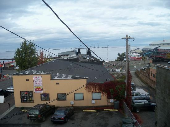 Port Angeles Downtown Hotel: Ferry line
