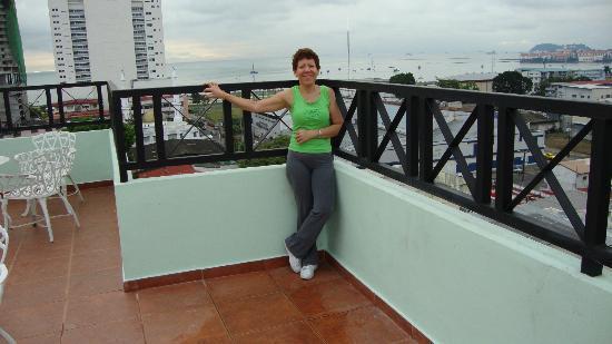 Bahia Suites Hotel: Area Terraza