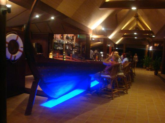 Kuramathi Island Resort : bar