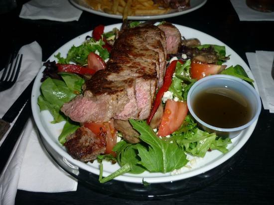 Blue Frog's Local 22: Steak Salad