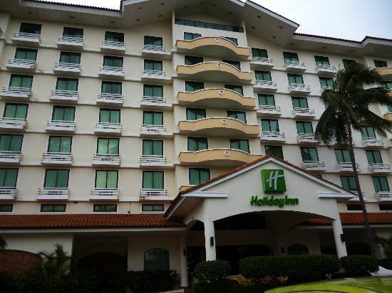 هوليداي إن بنما كانال: Frente del Holiday Inn, en Ciudad del Saber, Panamá 