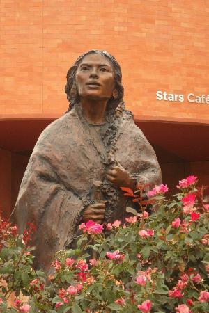 National Cowgirl Museum and Hall of Fame: Sacajawea