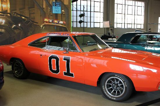Warner Bros. Studio Tour Hollywood: General Lee from Dukes of Hazzard