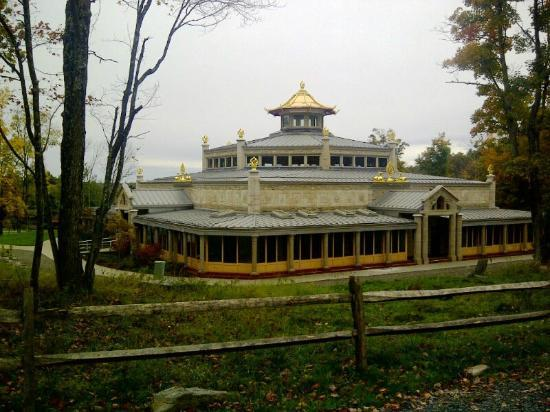 Kadampa Meditation Center New York and World Peace Temple: The temple