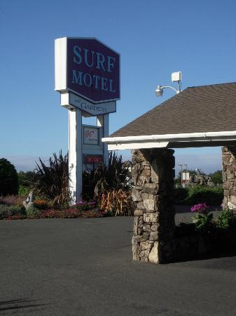 Surf Motel and Gardens: Main entrance