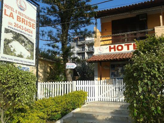 La Brise Hotel: Entrada do Hotel