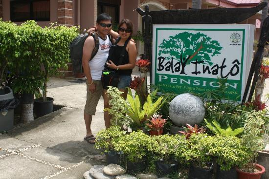 Balay Inato Pension: A very happy and satisfied couple