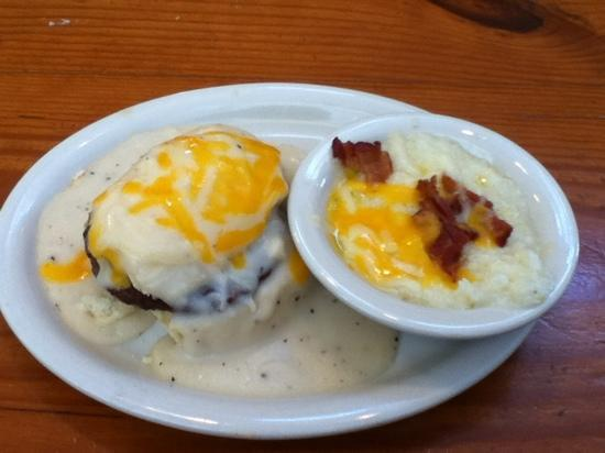 Edie's Express: sausage & gravy biscuit, side of grits