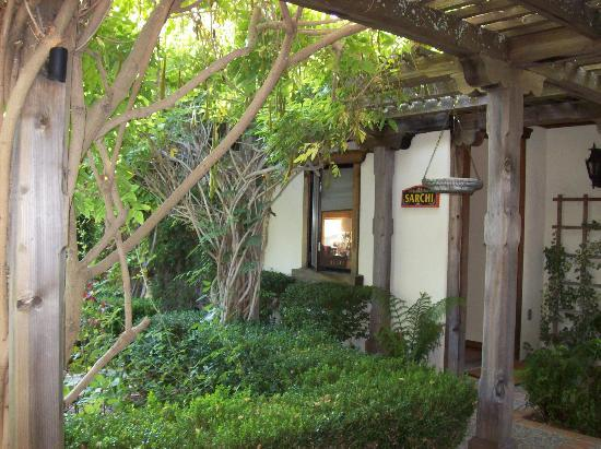 The Casitas of Arroyo Grande: The Courtyard