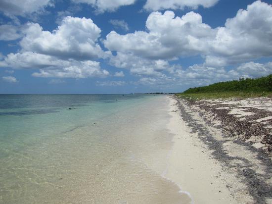 Ancon Beach: infinite beach