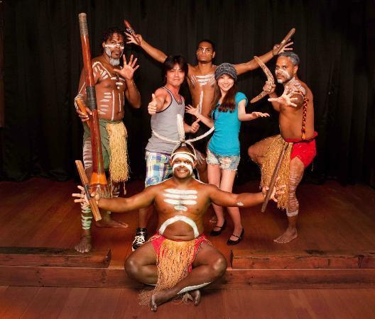 Kani's Restaurant: Aboriginal Dance Show for groups