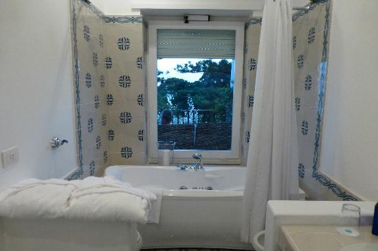 La Minerva: Bathroom of Room #41