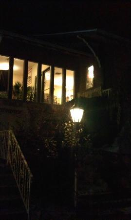 The Chalet in the Valley : outside at night