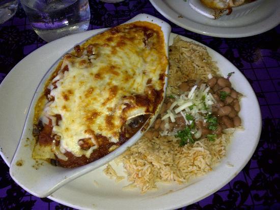 Bandidas Taqueria: Healthy Portion..... Sooooo good