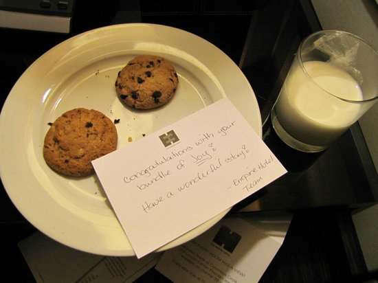 Empire Hotel: Our special surprise from the Front Desk ( Dynia).. Almost gone :)