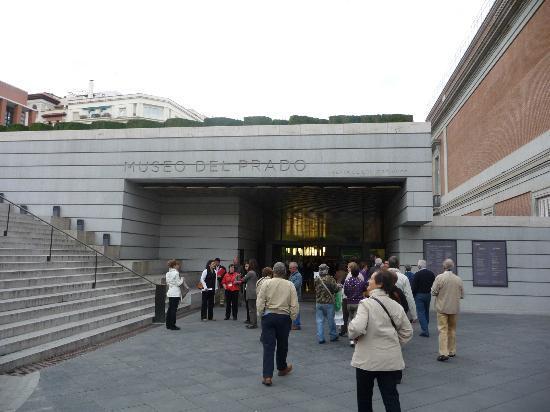 Novotel Madrid Puente de la Paz: Museo del Prado
