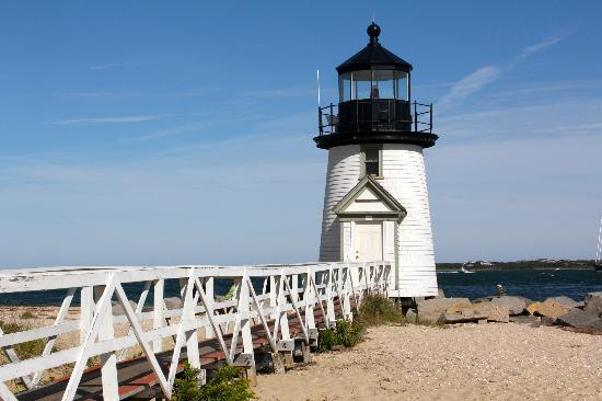 Anchor Inn: 2nd oldest lighthouse in America within walking distance