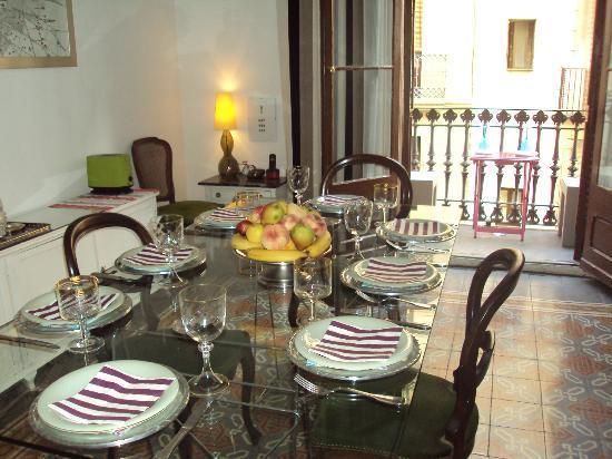 Casa Marcelo Barcelona: Dinning room