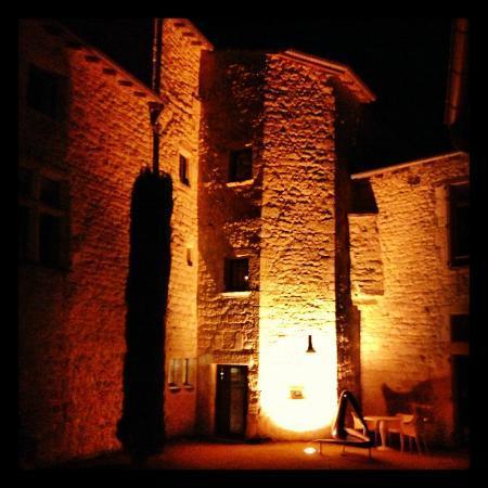 Chateau de Salettes: L'une des bâtisses d'hébergement