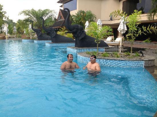 The Zuri Kumarakom: Fun at the pool