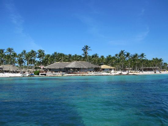 Club Med Punta Cana: le bar de la plage - vue de la mer - sortie en plongée