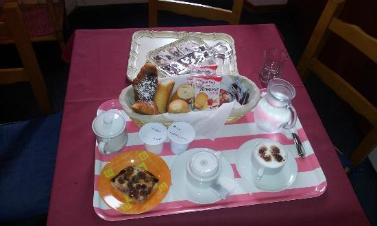 Ridolfi Guest House: La colazione servita in camera