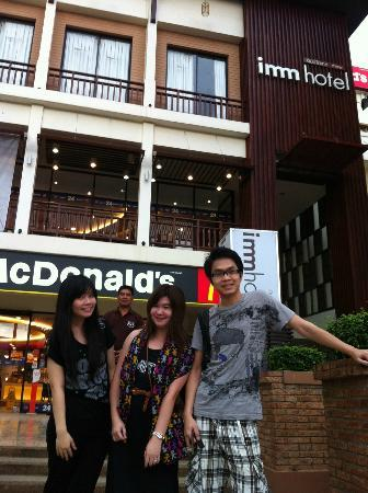 Imm Hotel Thaphae Chiang Mai: หน้าโรงแรมอิมม์ (ท่าแพ)