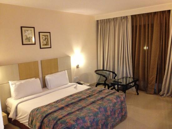 The Grand Solitaire Hotel: room