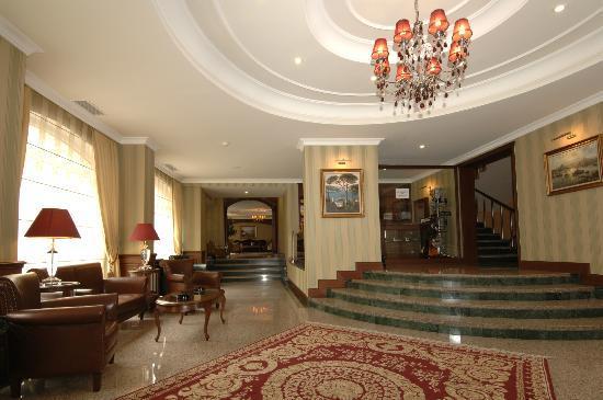 Grand Yavuz Hotel: loby