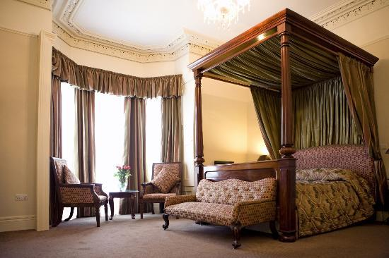 Ariel House: William Butler Yeats Room - A Junior Suite