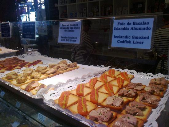 Assez Banco delle Tapas di Pesce - Picture of Mercado San Miguel, Madrid  RD21