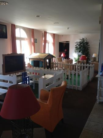 Kyriad A Disneyland Paris: kids area at reception