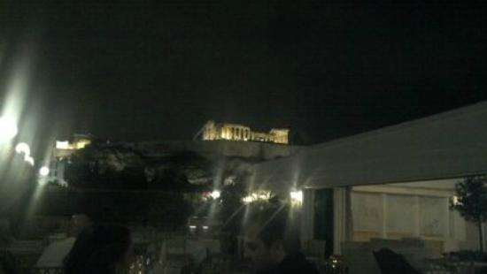 Divani Palace Acropolis: Amazing romantic dinner on the garden terrace, look at that view